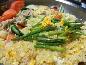 野菜炒めとチャーハン