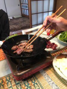 地元の猟師さんからもらった鹿肉と猪肉のジビエ焼肉